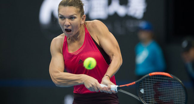 Top Seed Halep Eases Into Australian Open Last Eight