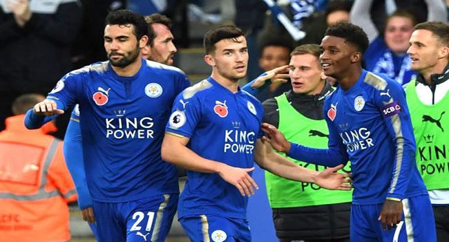 Demarai Gray Extends Leicester Deal