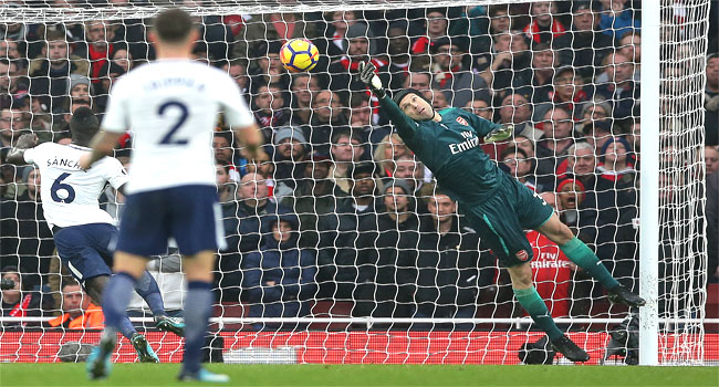 Petr Cech Refuses To Abandon Title Hope