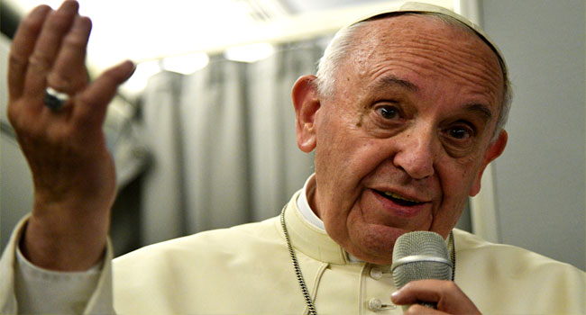 Pope Francis Expresses Worry Over Mideast Violence