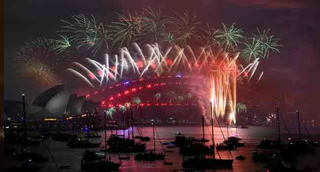 Australia Welcomes 2018 With Eight Tonnes Of Fireworks