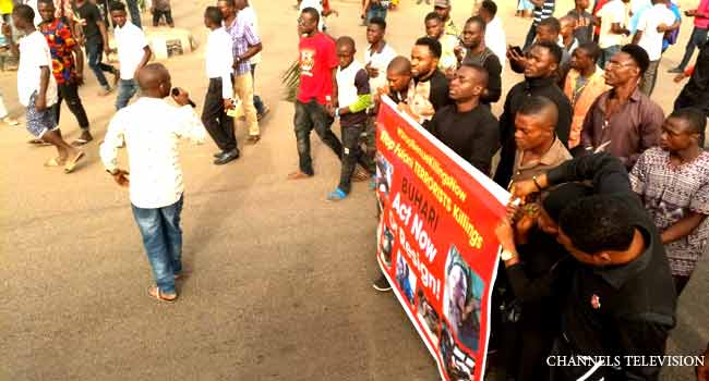 PHOTOS: Youths Protest Alleged Herdsmen Killings In Benue
