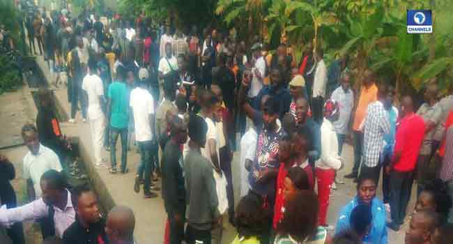 Delta state election: Suspected APC thugs burn down DSIEC office