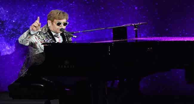 Elton John To Bow Out With Final Tour