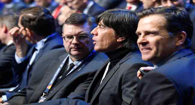 Schalke Slam Germany Manager Bierhoff In Goretzka Row