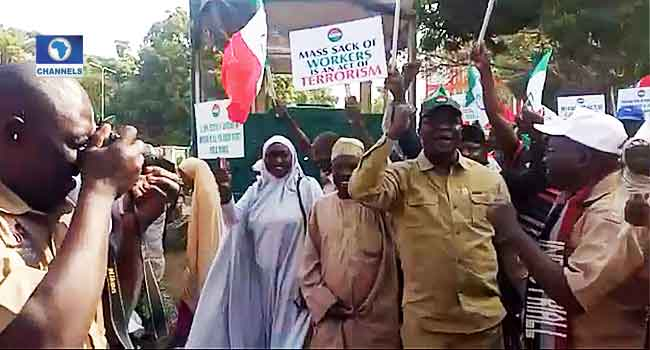 NLC, Kaduna Teachers Defy Police Warning, Continue With Protest