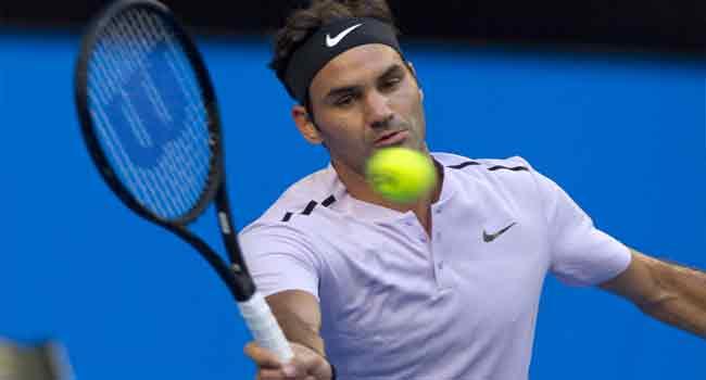 Federer Wins First Set Of Australian Open Final