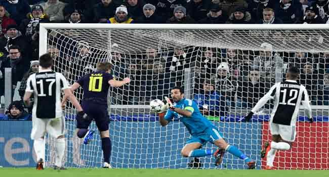 Kane Hails Tottenham Valuable Away Goals