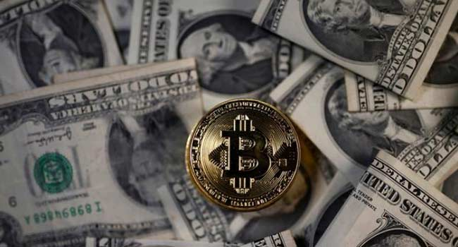 Bitcoin Drops Below $6,200 For First Time In Three Months
