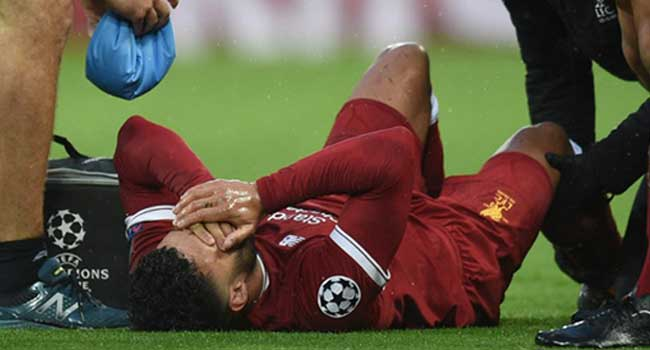 Liverpool Star Oxlade-Chamberlain 'Likely To Miss Whole Season'