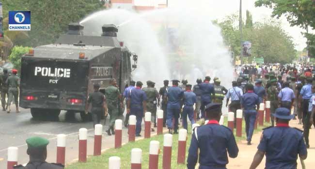 Police, Shiites Members Clash In Abuja