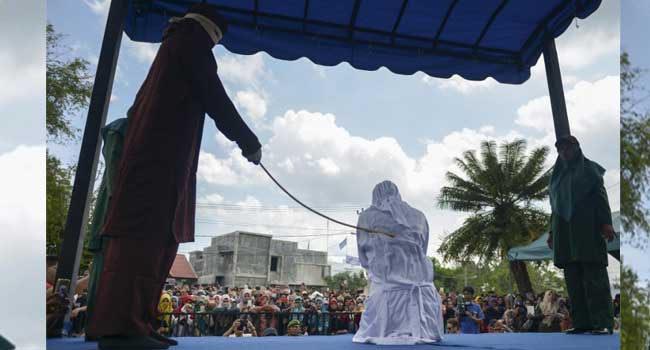 Child Rape: Indonesian Man Collapses After Being Flogged 150 Times