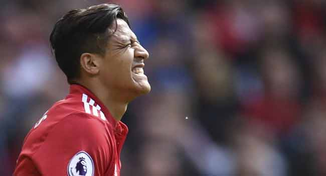 Wembley Specialist Sanchez Seeks Familiar FA Cup Liftoff At United