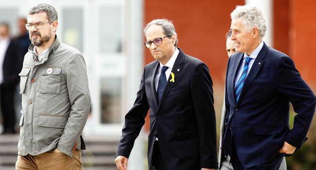 Catalonia Postpones Swearing In New Regional Government