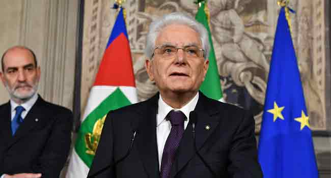 Italy's President Begins Talks To Solve Political Crisis