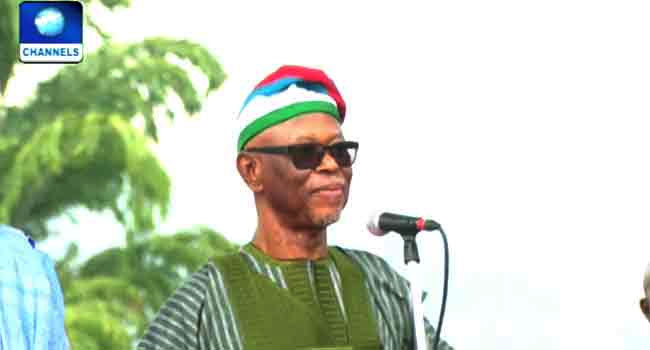 'I See One Strong Party': Oyegun Praises Buhari, APC As He Bows Out