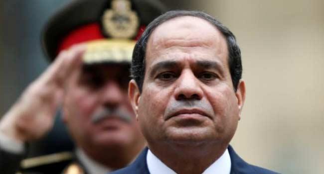 Egyptian President Pardons 712 Prisoners