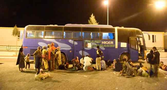 Algeria Showcases Migrant Expulsion Amid Criticism