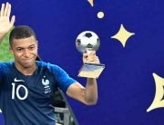 France's Kylian Mbappe WinsWorld CupYoung Player Award