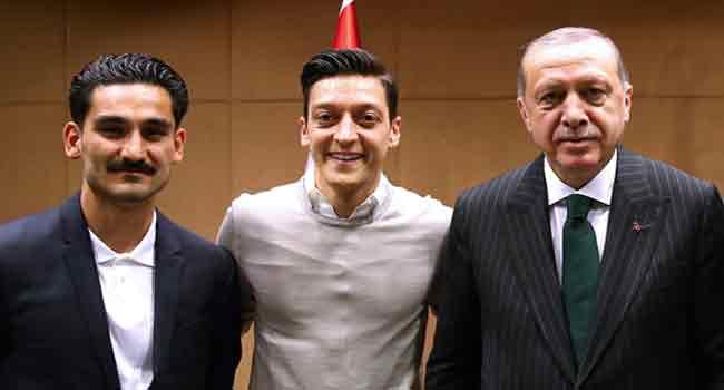 Erdogan Calls Ozil, Hails Decision To Quit German Team