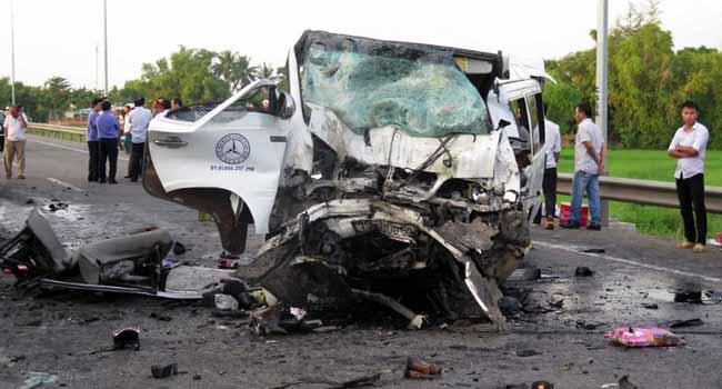 14 Killed In Vietnam Wedding Party Car Crash