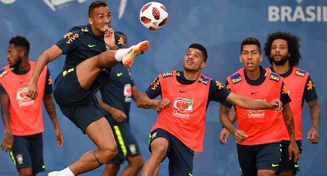 Danilo Ruled Out Of Rest Of Brazil World Cup Campaign