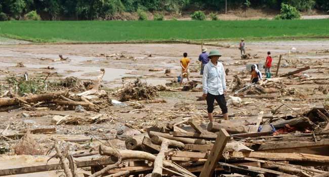 19 Feared Dead In Vietnam Flooding