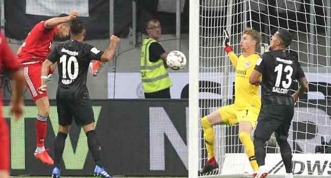 Lewandowski Saves Bayern From Humiliation