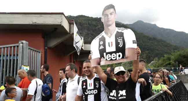 Expectant Juventus Fans Await First Glimpse Of Megastar Ronaldo