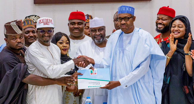 2019: Buhari Accepts APC Presidential Forms Bought For Him