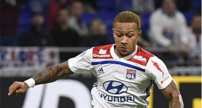 Lyon Footballer Depay Devastated After Burglary