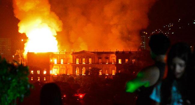 Fire Engulfs Rio de Janeiro National Museum