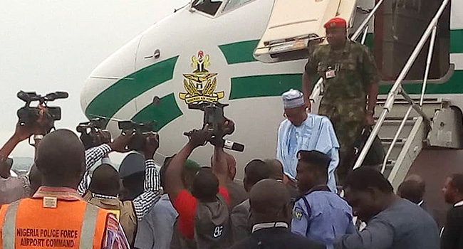 Buhari Arrives Ibadan, En Route To Osun