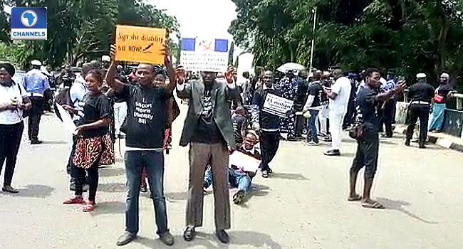 Persons With Disabilities Block National Assembly Gate In Protest