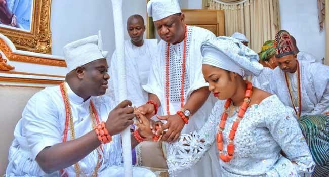 PHOTOS: Ooni Of Ife Gets New Queen