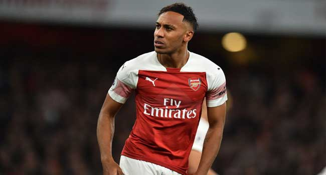 Aubameyang, Ozil Star As Arsenal Make It Perfect 10