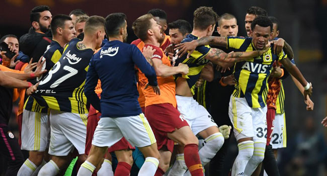 Galatasaray, Fenerbahce Point Fingers After Clash
