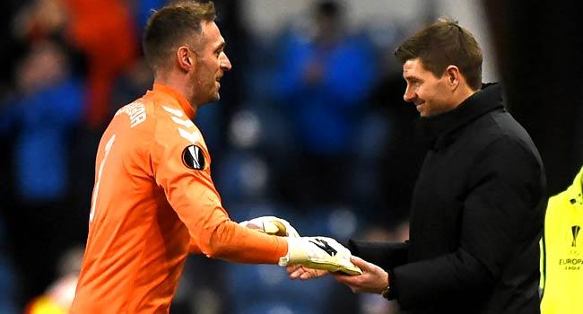 Gerrard's Rangers Beat Hearts To Top Premiership
