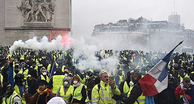 Leader Of Yellow Vest Protests 'Handicapped For Life' By Injury – Lawyer