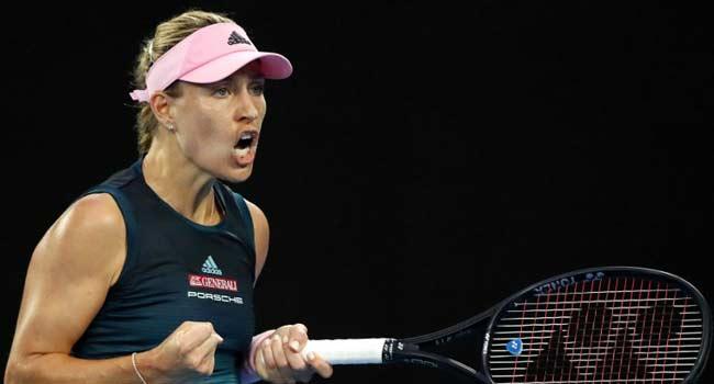 Consistent Kerber Blasts Into Aussie Open Third Round