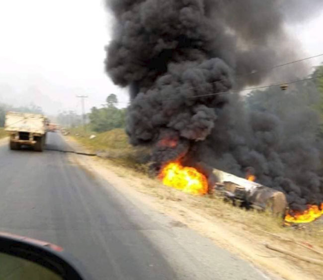 Dozens feared dead in Nigeria as leaking oil tanker explodes