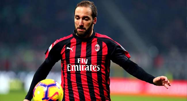 AC Milan's Higuain Poised For Chelsea Move – Report