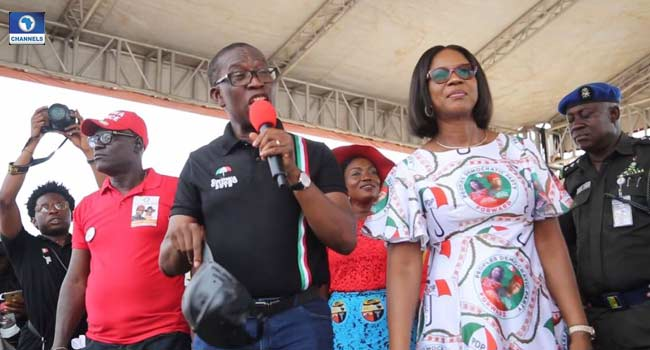 Okowa Gives N2million To Woman Who Gave Birth At Rally