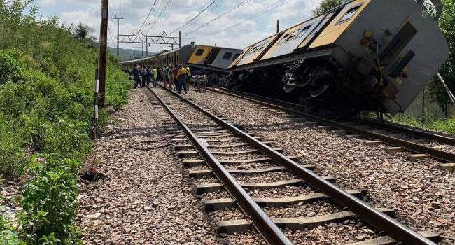 South African Train Collision Kills Three, Injures 300