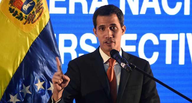 Guaido, Pompeo Meet In Colombia Over Venezuela Crisis