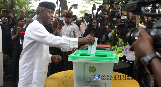 Vice President Osinbajo, Wife Cast Their Votes In Lagos
