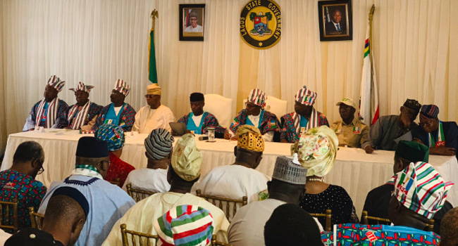 PHOTOS: Buhari Meets With Members Of Organised Private Sector