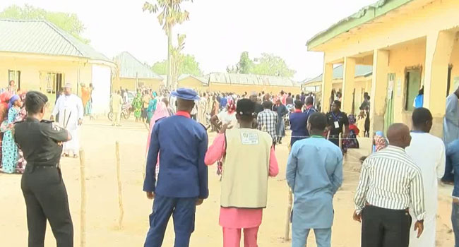 VIDEO: Drama In Bauchi As Voters Chase Politicians From Polling Unit