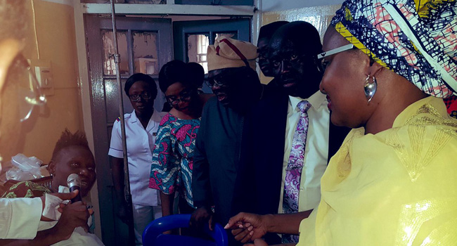 Aisha Buhari Visits Victims Of Lagos Building Collapse