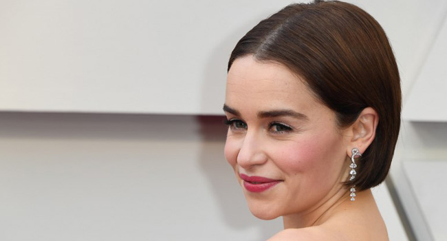 'Game Of Thrones' Star Emilia Clarke Reveals Near-Fatal Brain Aneurysms